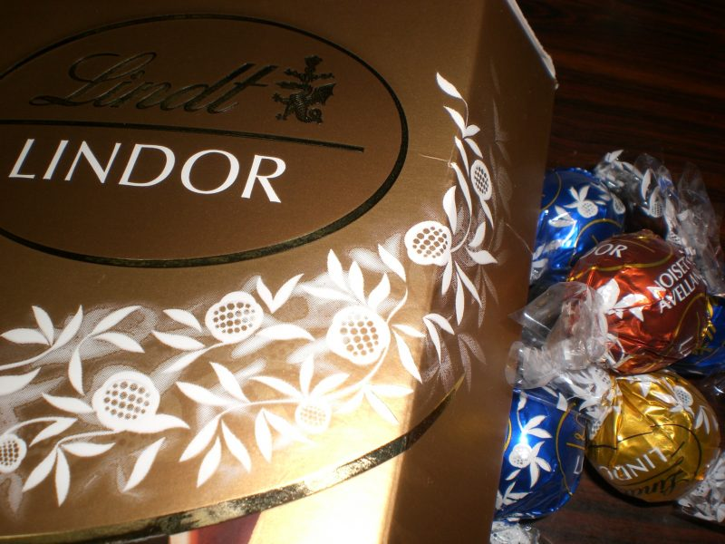 疲れたら一粒の幸せ、チョコレートで気分をリフレッシュ!